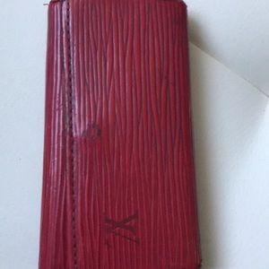 LV red epi key case